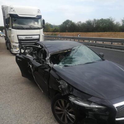 Famiglia francese coinvolta in un incidente sulla A1. Tre feriti nello scontro con un tir
